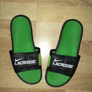 Nike Lacrosse sz 9/40 slip on flip flop sandals